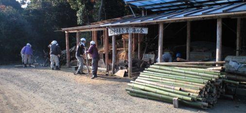 九州へラルドさんと竹炭作り体験